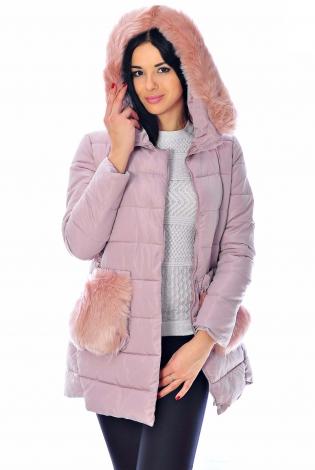 Зимняя куртка светло-розовая