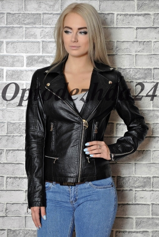 Куртка из экокожи черная
