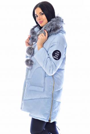 Зимняя куртка светло-голубая