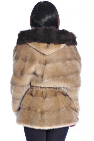 Шуба из меха норки светло-коричневая