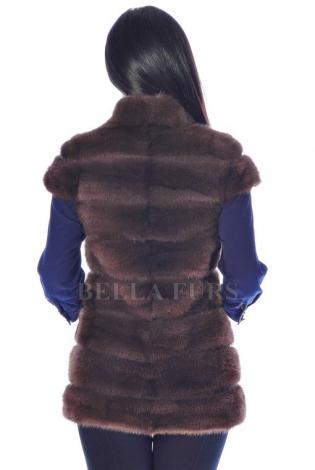 Жилет из меха норки темно-коричневый