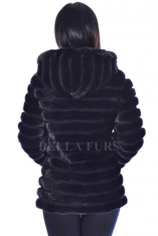 Шуба из меха норки черная